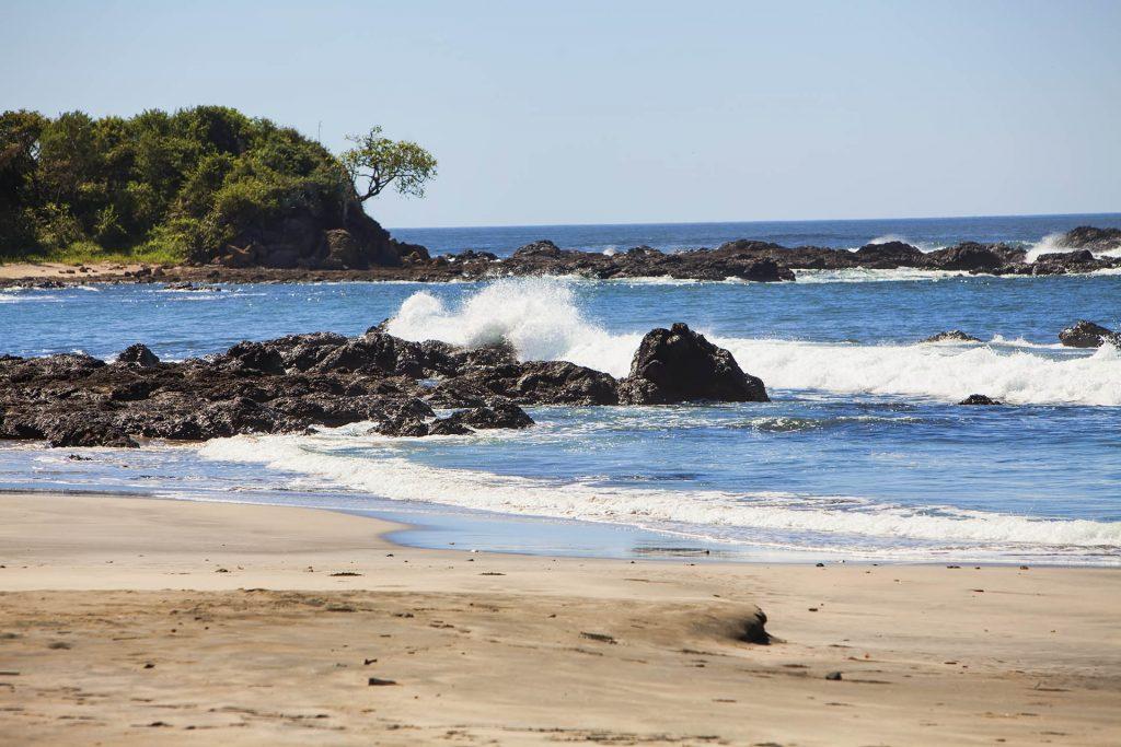 Beach_white_water