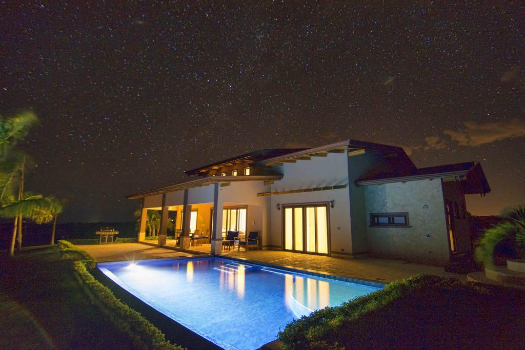 Model_home_night